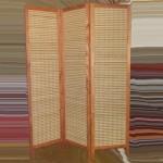 Деревянная ширма-перегородка с бамбуковым плетением